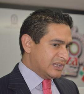 Jesús Adrián Acosta Castellanos, de la firma empresarial Acosta Verde constructora de plaza Sendero.