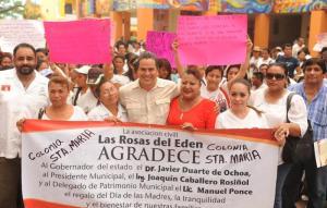 Los vecinos de la Colonia Santa María agradecidos con el alcalde porque por fin se les hará justicia en tenencia de la tierra.