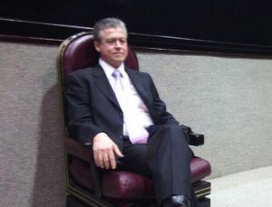 Gerardo Buganza, titular de la SIOP, durante la comparecencia en Congreso Estatal.