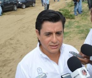 Fernando Ramos Torres, Secretario de Obras Públicas, asegura que Ayuntamiento limpiará 42 kilómetros de canales en la ciudad.