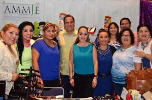 Inauguran la Expo Mujer en Coatzacoalcos.