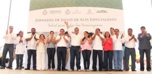 El Cabildo de Coatzacoalcos con diputados de la actual Legislatura.