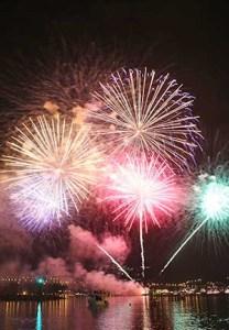 Fuegos de artificio mandelieu la napoule