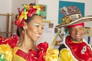 Marisol y Julio son bailarines profesionales