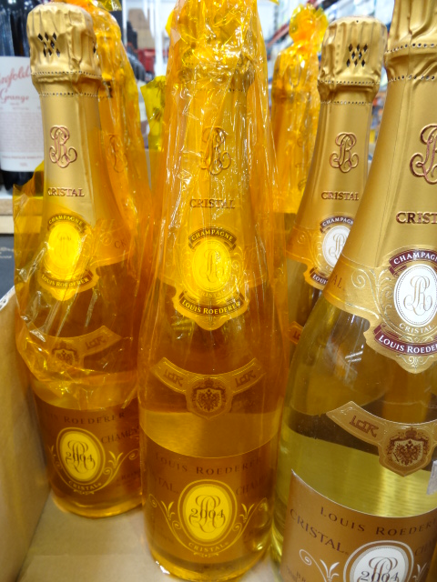 desk chair costco red adirondack chairs cristal champagne or perrier jouet?
