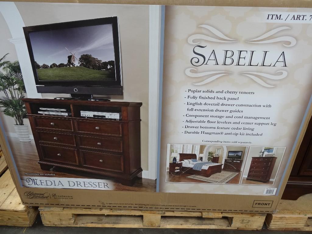 Universal Furniture Sabella Media Dresser