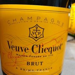 Folding Chair At Costco Amish Adirondack Plans Veuve Clicquot Brut Champagne