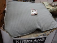 Kirkland Signature Rectangular Pet Bed