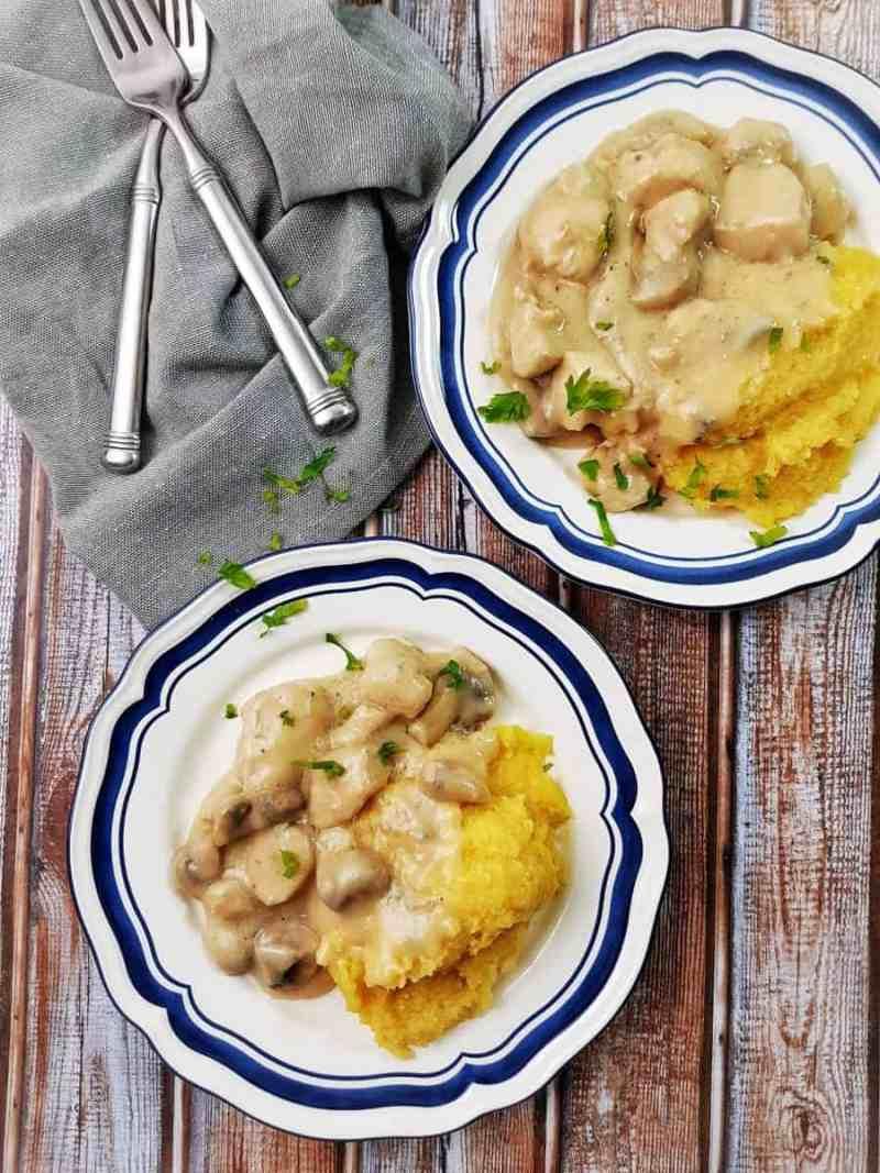 Ciulama cu gorgonzola, pui și ciuperci