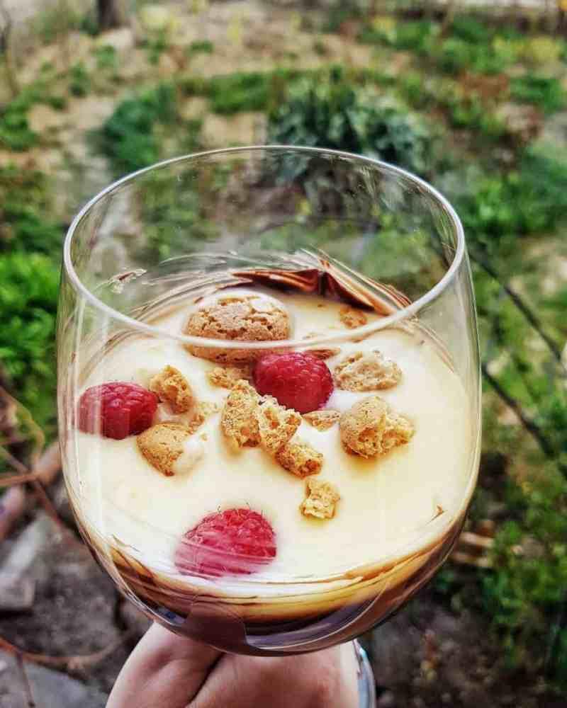 Cupă de iaurt cu lămâie