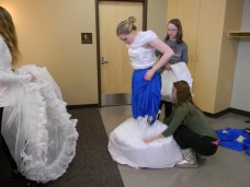 Removing the transformation white skirt