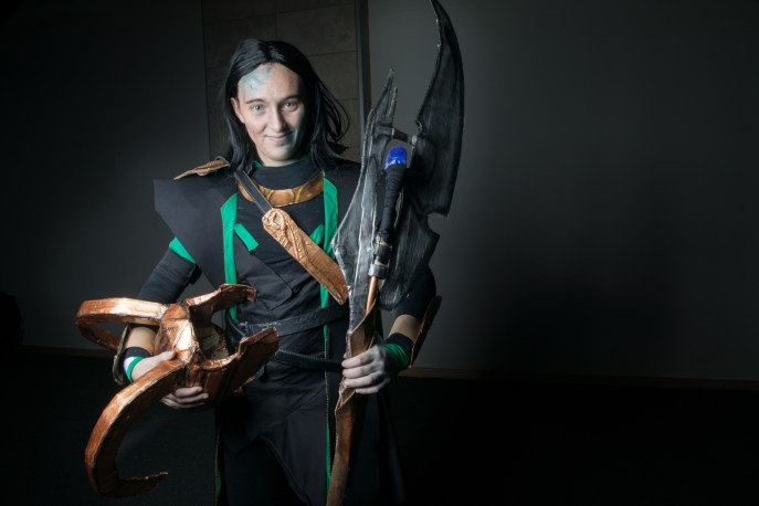 Cosplayer: @mittelelfcat Character: Loki From: Thor Marvel Comics Photographer: @cosweplayproject