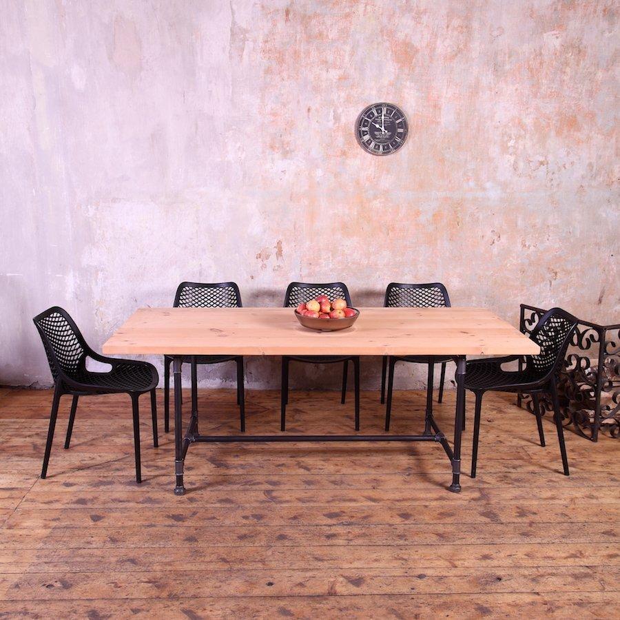 Metal Pipe Legs Industrial Style Dining Table