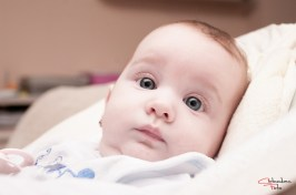 Sunt cu ochii pe tine, fotografie bebe, Arad