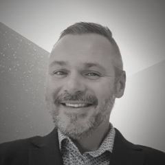 Anthony Kravinskis<br>Practice Lead, CX Digital Communications Executive, DXC Technology