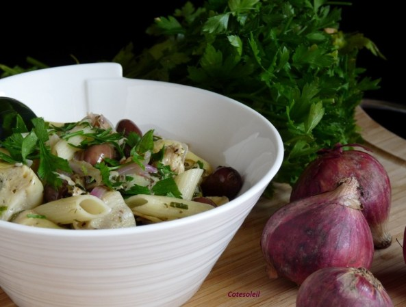 Penne aux olives de nice et artichauts