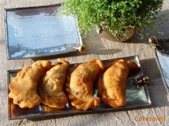Samboussek a la viande