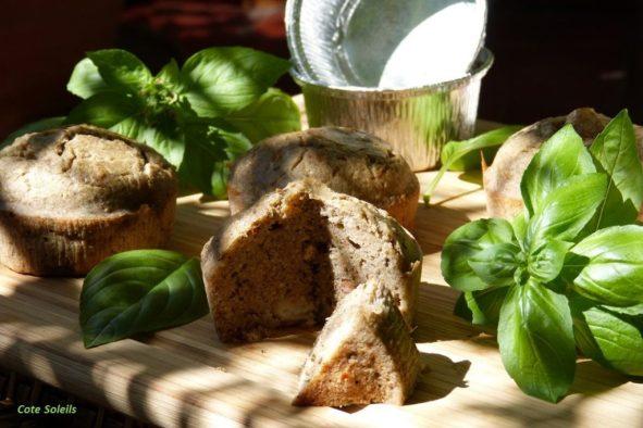 Cake aux crevettes & pesto de basilic
