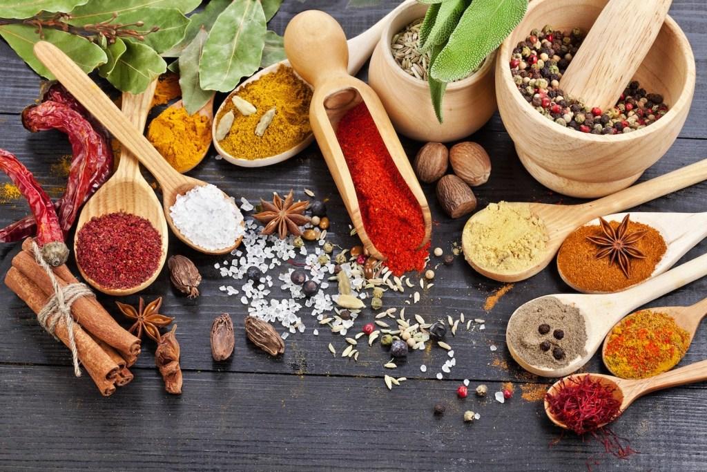 12 épices pour améliorer votre santé et faire pétiller vos petits plats !