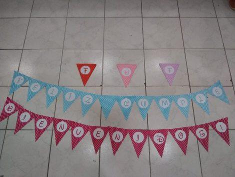 """Banderines de """"Feliz Cumple"""" y """"Bienvenido"""""""