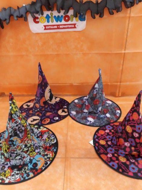 Sombreros de bruja variados