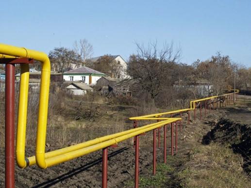 надземная прокладка газопровода на низких опорах