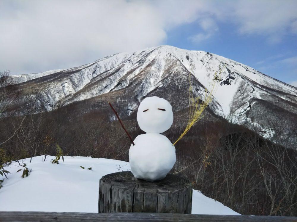 岩手県滝沢市鞍掛山頂上から見る岩手山