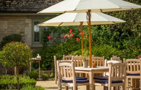 The Maytime Inn, Garden