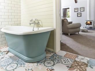 The-Fish-Hotel-Farncombe-Estate-bath