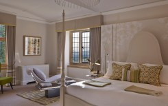 Cotswold-Village-Rooms-Foxhill-Manor-Bedroom-3