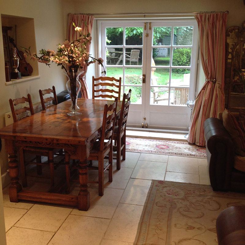 Shill House Cottage, Alvescot, Bampton holiday cottage Dining Room