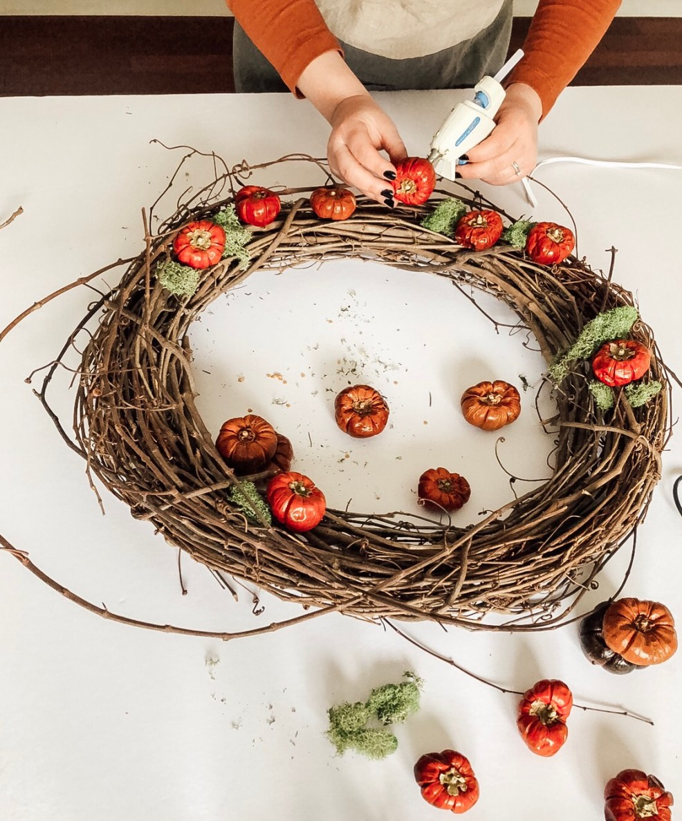 diy dried pumpino wreath