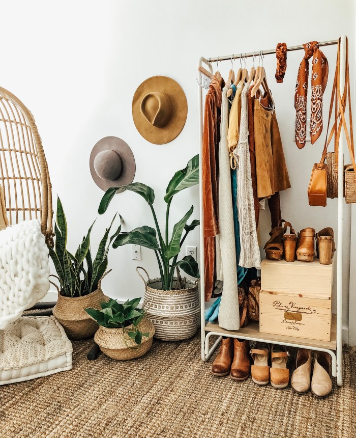 alternative closet space for guests