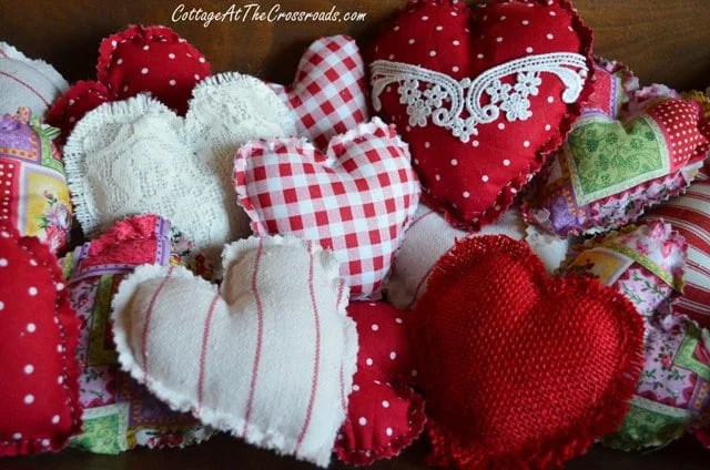 Easy To Make Fabric Hearts Cottage At The Crossroads