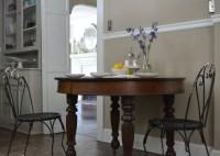 a kitchen table | cottage fix