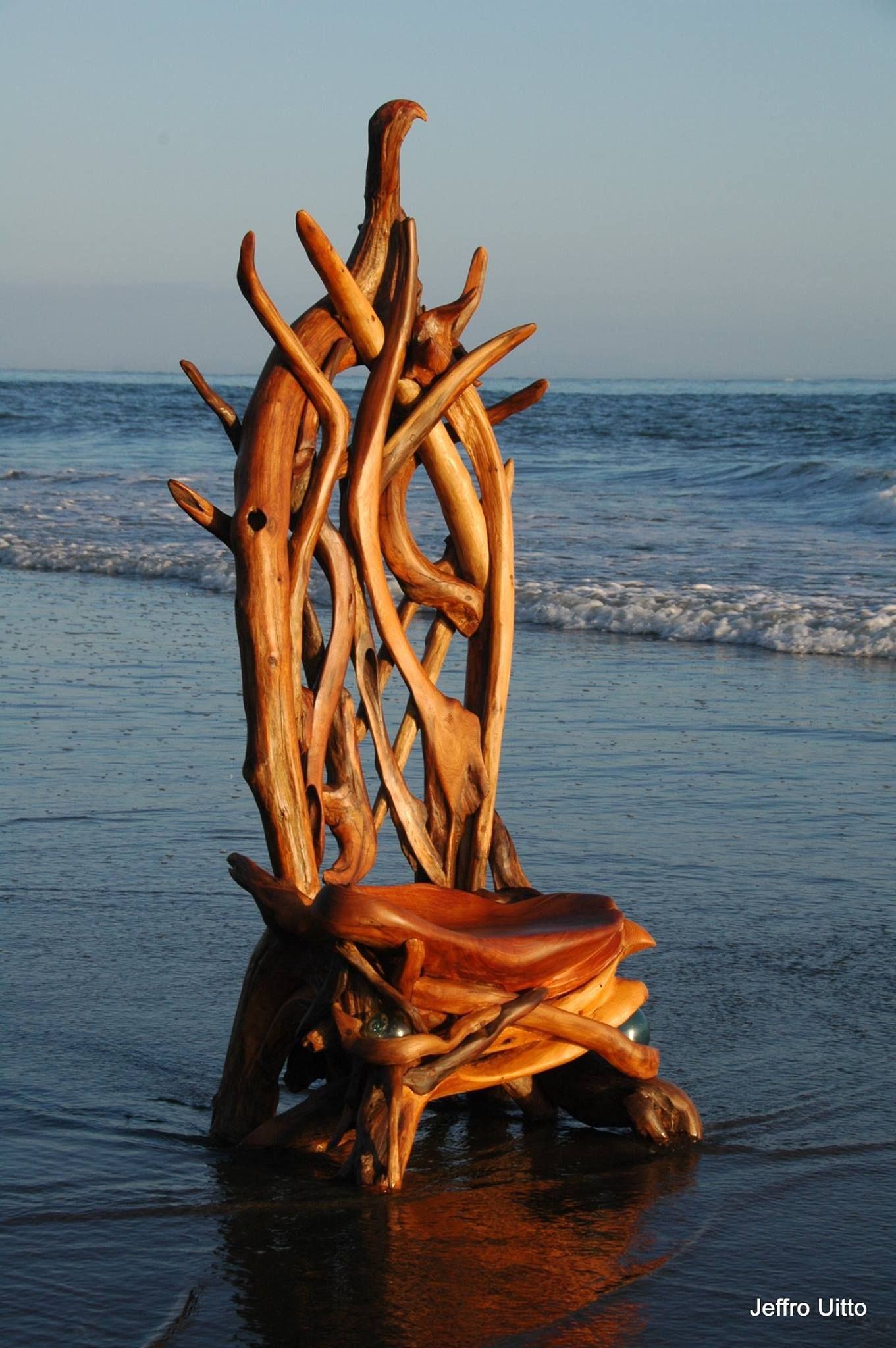 Driftwood Chair These Gorgeous Sculptures Started As Driftwood On A Beach