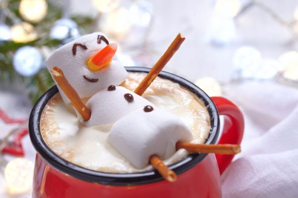 7 ways to upgrade your traditional hot chocolate this winter | Cottage Life