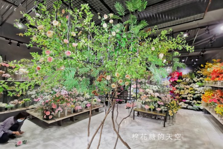 20200420210722 36 - 台中廣三SOGO後方超美花店!建南行人造花比真花還要美~