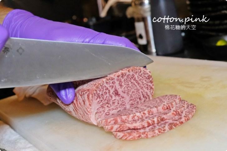 20210909215620 6 - 熱血採訪│中秋禮盒奢華版,日本和牛滿出來!開盒就見肉肉花兒,送禮超有面子!
