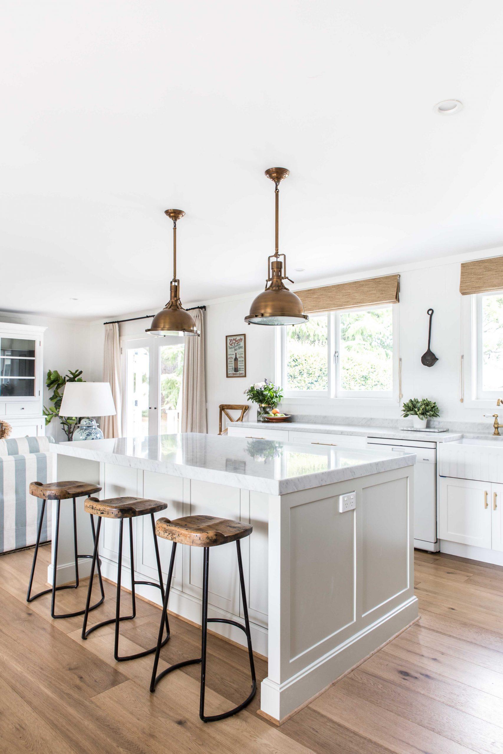 How To Create A Modern Farmhouse Kitchen - Cottonwood & Co