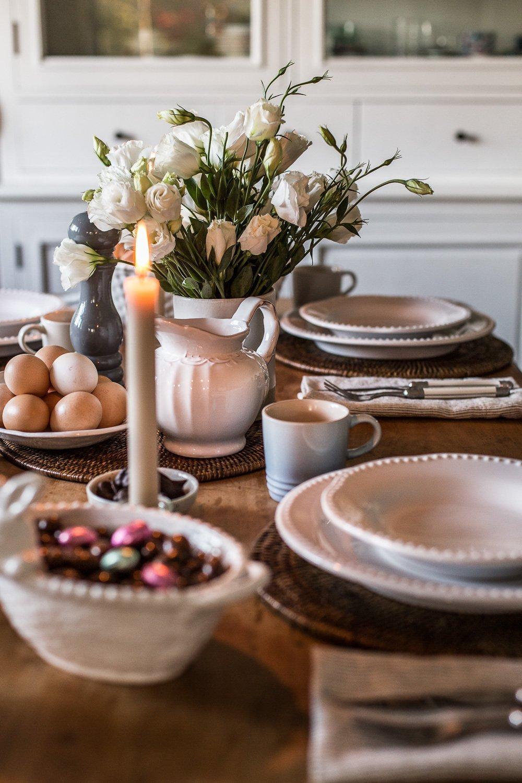 Simple Easter Table Setting - Nicki Dobrzynski - Cottonwood & Co
