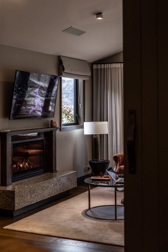 Our Stay at Gibbston Valley, Queenstown - Cottonwood & Co