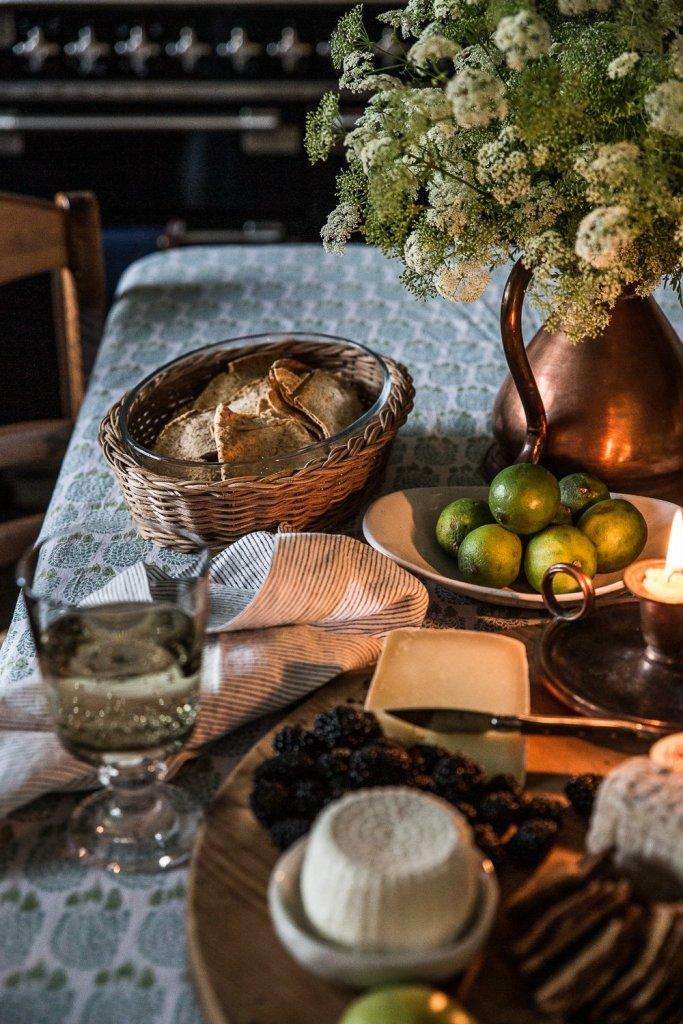 Setting A Beautiful Table - Cottonwood & Co - Wanaka NZ
