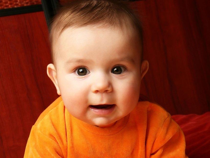 echantillons bebe gratuit couche.ca orange et rouge