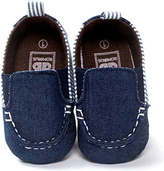 beaux petits chaussons mocassins pour bébé