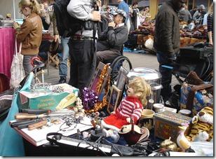 flea-market-467729_1920_marché aux puces_Sabine Lange de Pixabay