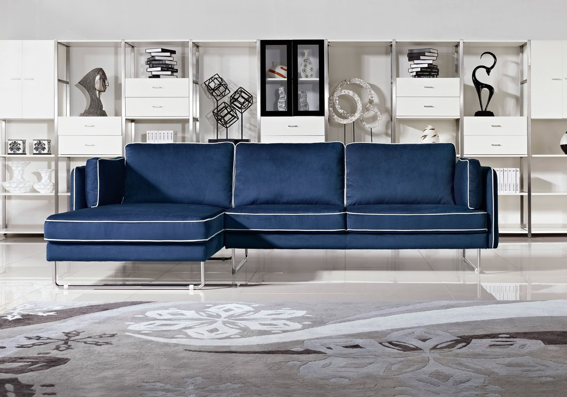 2018 Navy Blue Leather Sofas For A Bold And Stunning