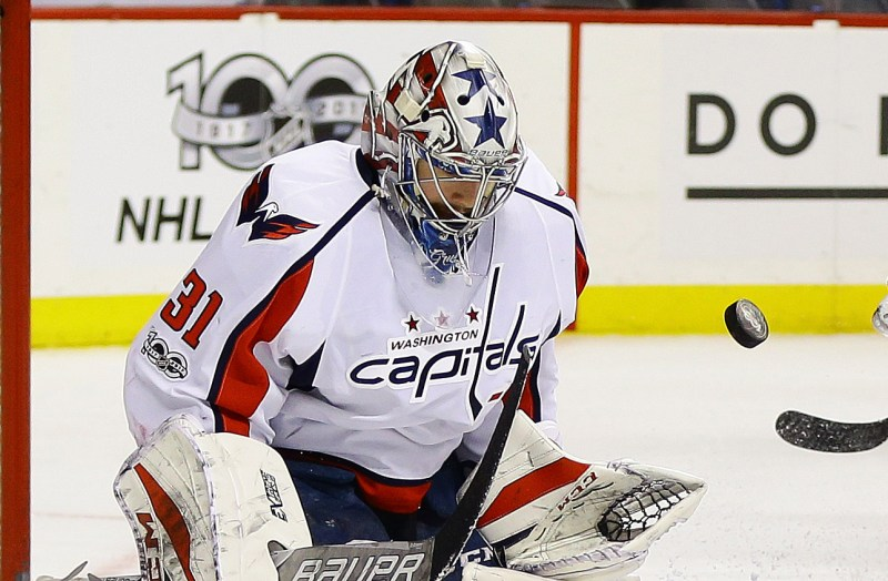 NHL: Washington Capitals at New York Islanders