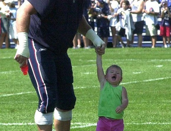 , Patriots Host Bring Your Kids To Practice Day & Belichick Does Pushups With The Team
