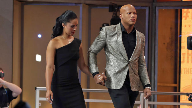 Ryan Shazier, Ryan Shazier Came Walking Out Last Night To Announce The Steelers Draft Pick… I'm Not Crying